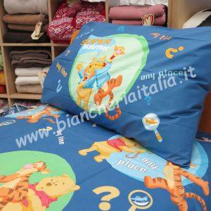 Copripiumino Pooh & Tigro blu singolo caleffi (sacco cm.155x250 + sotto lenzuolo 90x200+ 1 federa)-0